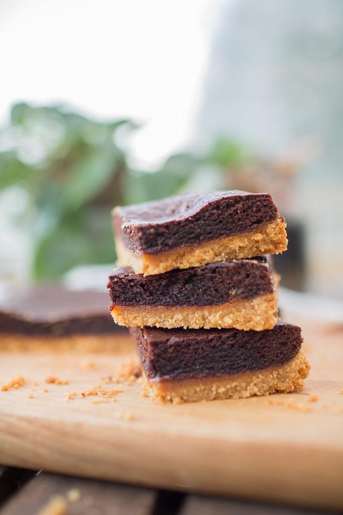 Biscuit based caramel brownies