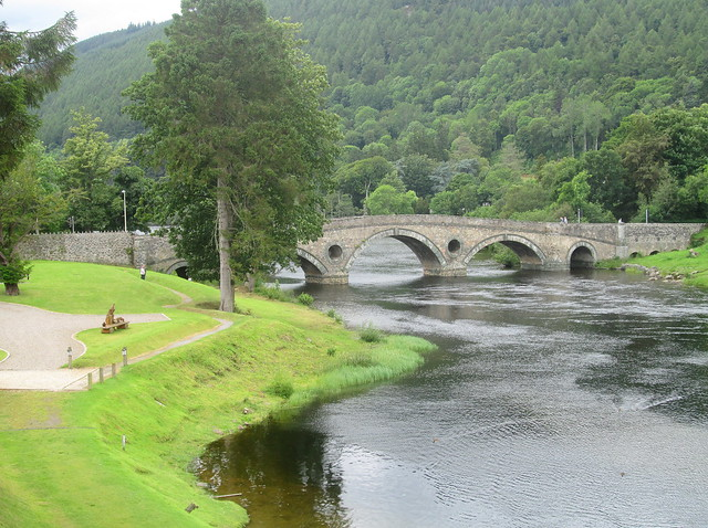 Bridge over River Tay at Kenmore