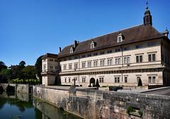 l'Hôtel-Dieu de Dole, côté Canal des Tanneurs