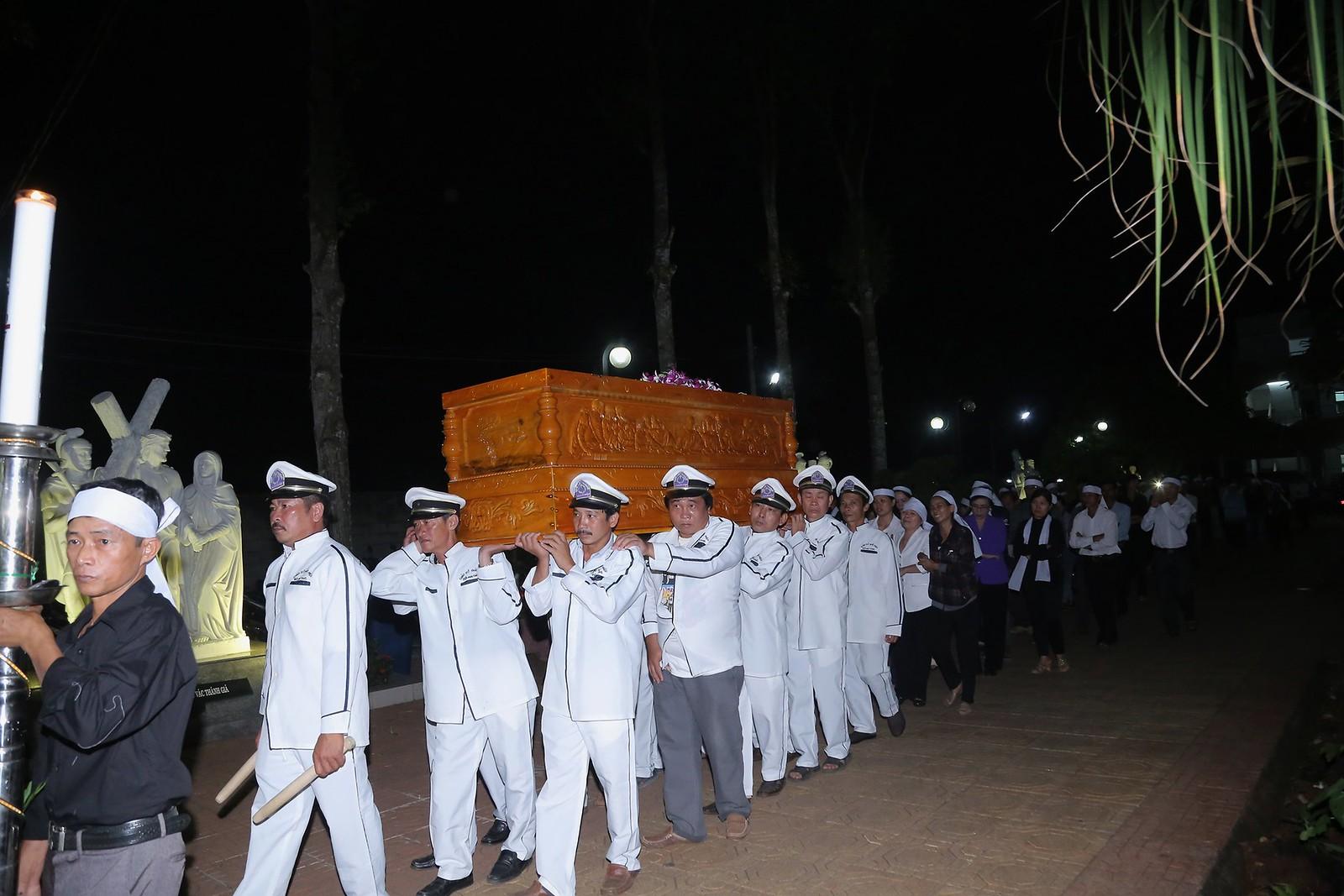 Cầu nguyện cho linh hồn Cha Giuse Đặng Đình An, Cha qua đời vì tai nạn giao thông - Ảnh minh hoạ 24