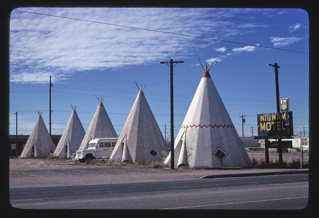 Wigwam Village #6, Route 66, Holbrook, Arizona (LOC)