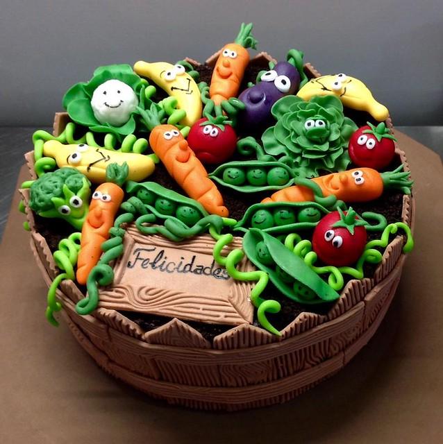 Cake by Tarteria Elsy S