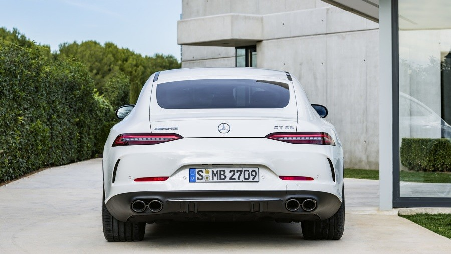 Mercedes-AMG GT 4 6