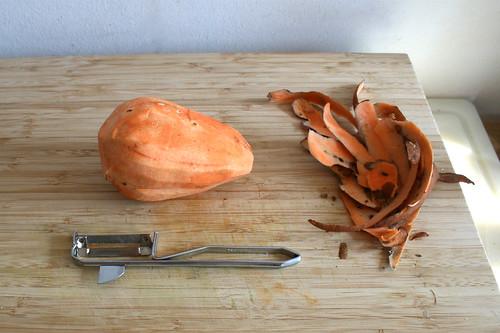 32 - Süßkartoffel schälen / Peel sweet potato