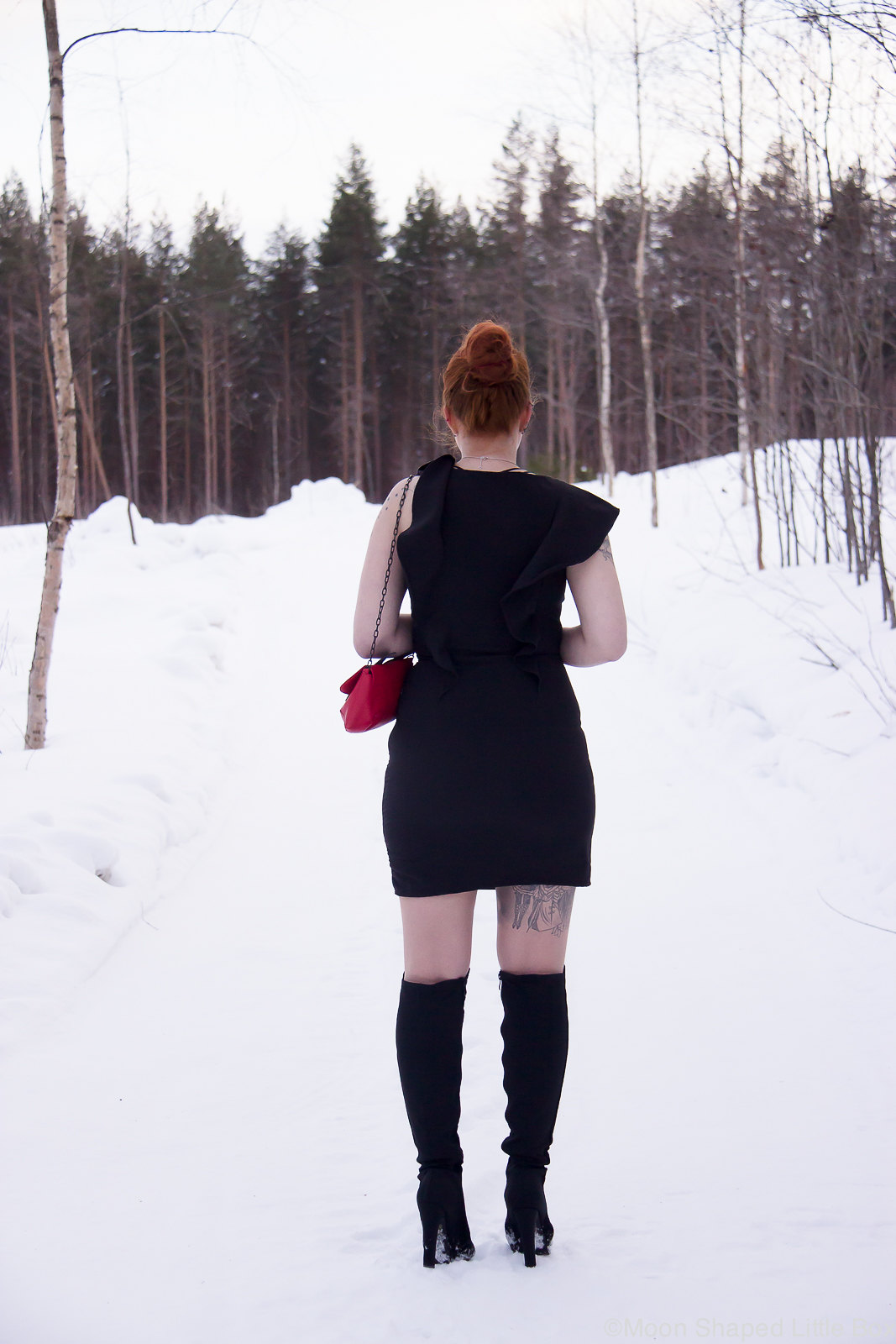 OOTD_styleblogger_Finland_Little_Black_Dress-14