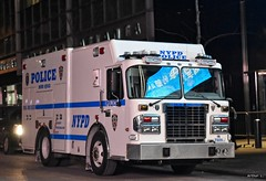 NYPD - Bomb Squad 7009