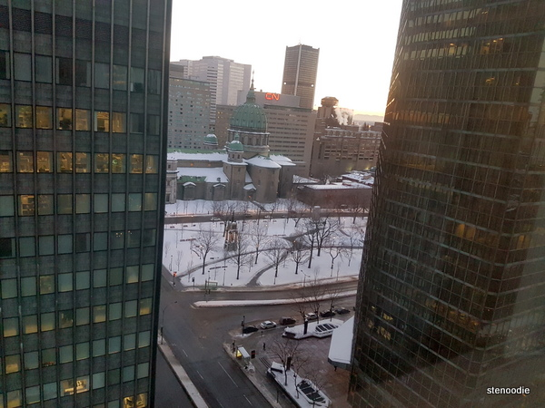 Le Centre Sheraton Montreal Hotel rooms views