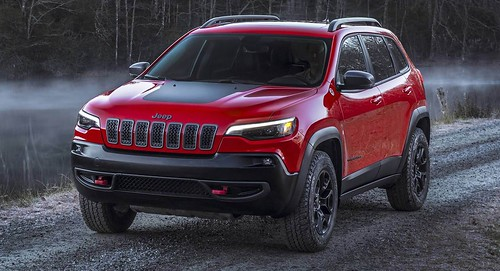 2019 Jeep Cherokee Premieres In Detroit With New Looks And 270 HP Wrangler Engine