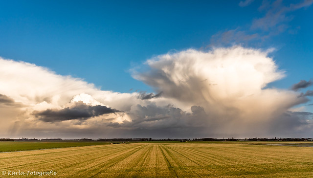 Clouds in the polder...