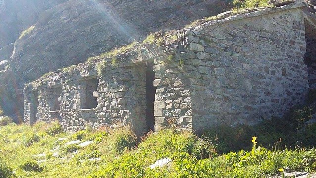 Vallo Alpino: Caposaldo Col Content o Crosenna (Bobbio Pellice)