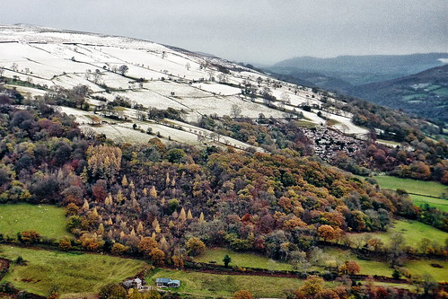 Snow on Table Mountain, Crickhowell - a dusting of snow
