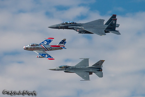 jacksonville arkansas usa 890485 mcdonnelldouglasf15estrikeeagle mcdonnelldouglas f15e strikeeagle f15 923923 lockheedf16cfightingfalcon lockheed f16c fightingfalcon f16 falcon 524959 northamericanf86fsabre northamerican f86f sabre f86 531201 skyblazers fu201 n86fr n105bh usaf littlerockafb airpowerarkansasairshow sky fly flying spotting airport flight mojo scanlon digital canon camera photo photography photographer photograph picture capture image aircraft airplane aviation plane