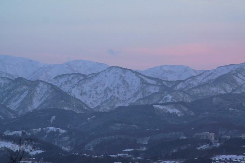 """Mountains seen from """"KANZAWA UYATSUYAMA"""""""