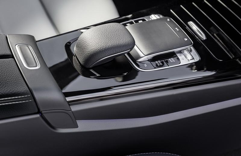 2019-Mercedes-Benz-A-Class-Hatch-24