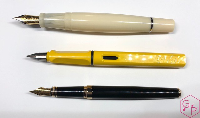 Review Laban Kaiser Antique Ivory & Silver Fountain Pen @GoldspotPens 4