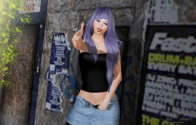 shopaholic*107/(r)M/Dead Dollz/Backdrop City