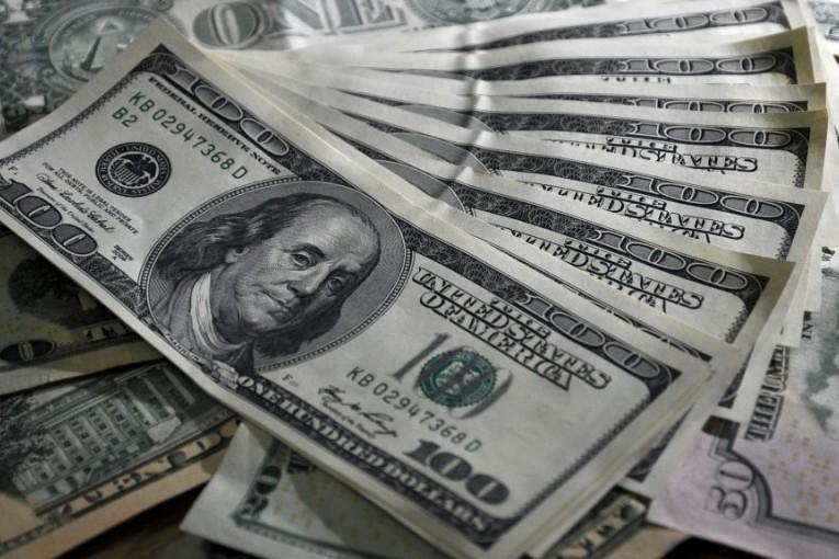 Precio-del-dólar-hoy-en-México-04-de-mayo-19.04-pesos-a-la-venta