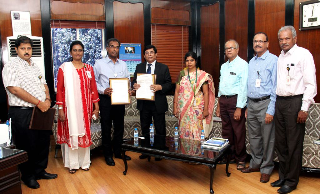 ILRI signs agreement with Indian Institute of Chemical Technology