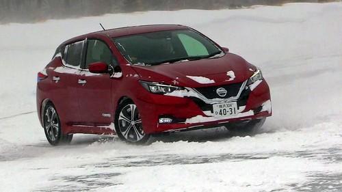 日産リーフ 日産氷上・雪上試乗会