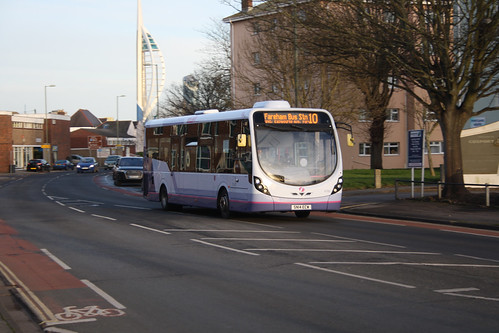 First Hampshire & Dorset 47592 SN14ECW