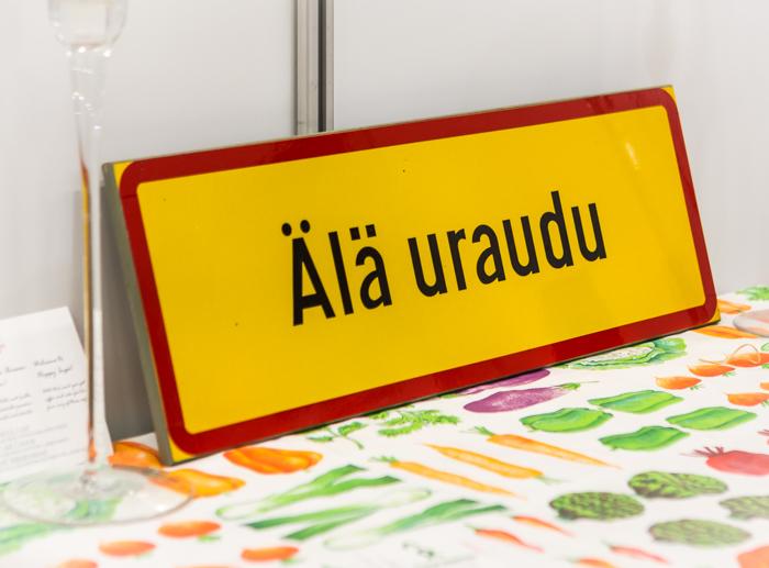 Matkamessut 2018 Finnish Travel Fair kyltti voimasanoja