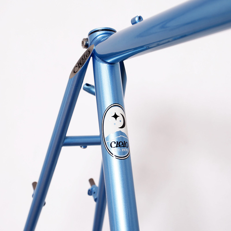 Cielo by Chris King Cross Classic / Blue