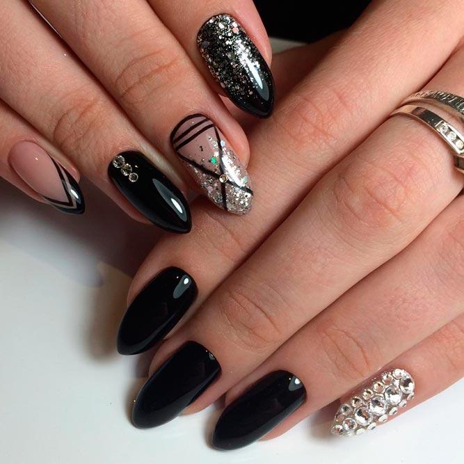 24+ Trendy Black Acrylic Nails Art Designs - Nails C