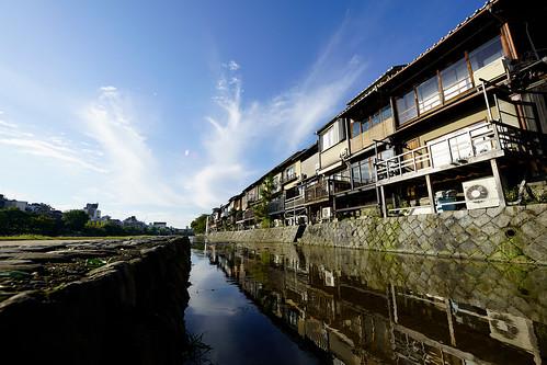 京都先斗町、強烈なパース