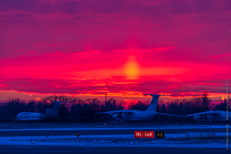 Sunrise at the Borispol airport