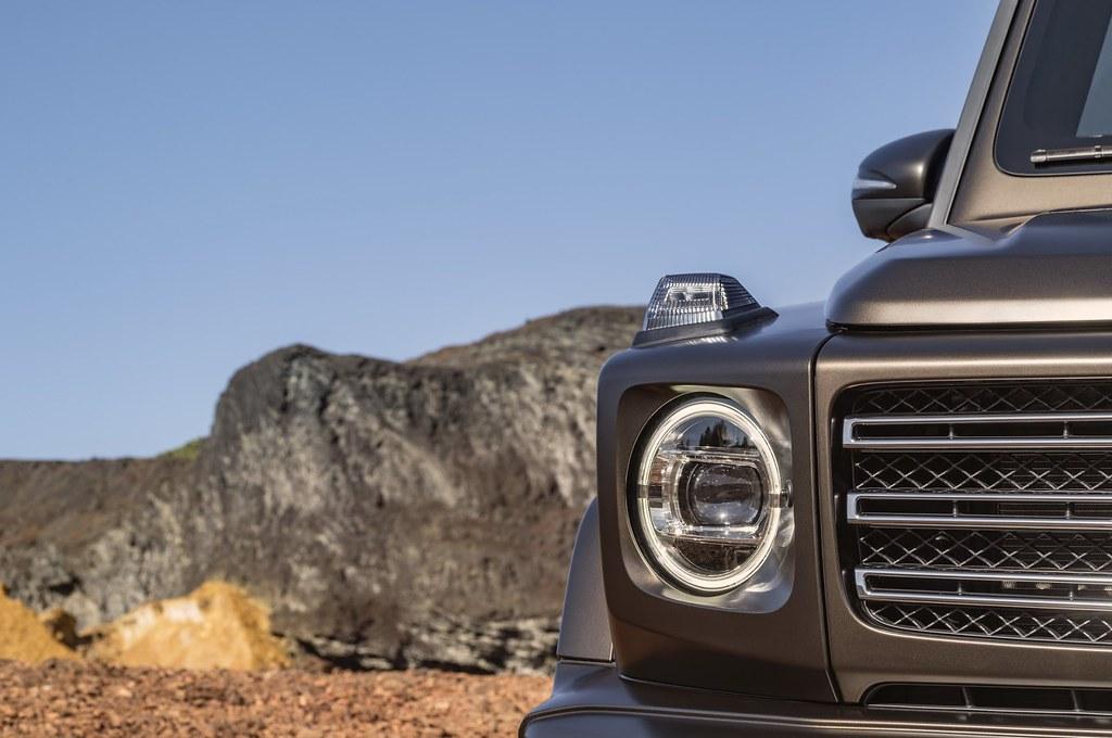 2019-Mercedes-Benz-G-Class-043