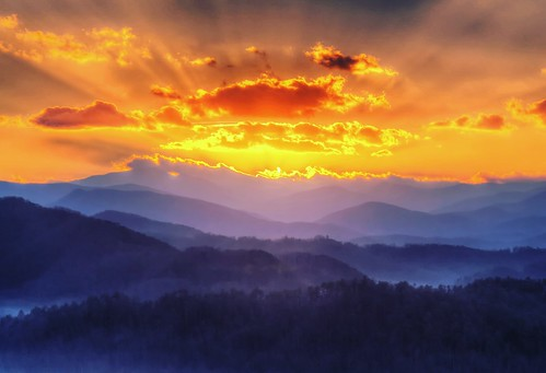 sun clouds park national mountains smoky great foothillsparkway fantasy imagination dawn sunrise hdr