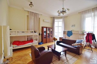 Friends Hostel Budapest Hungary (best hostel in Budapest) - female 8-bed dorm room