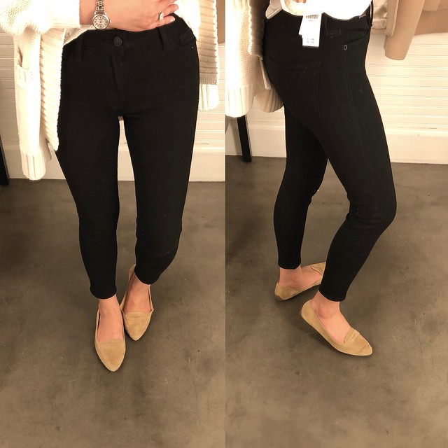 Abercrombie Harper Low-Rise Ankle Jeans in black, size 25 short