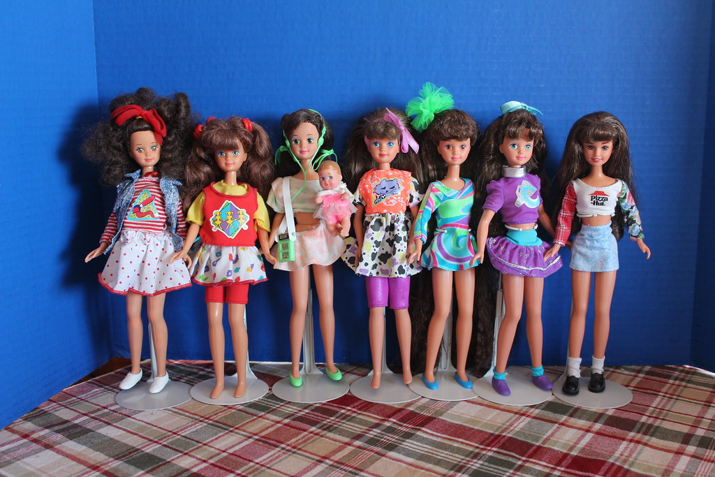 Courtney Skipper dolls