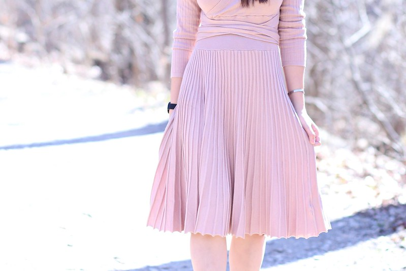PleatedKnitDress_SydneysFashionDiary