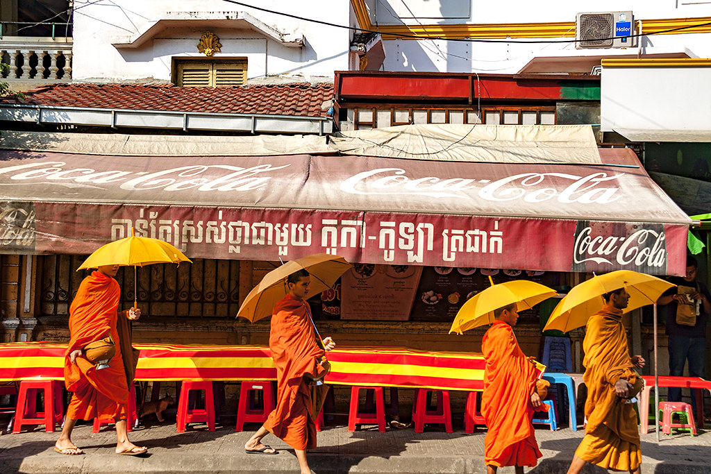 Four monks--Phnom Penh