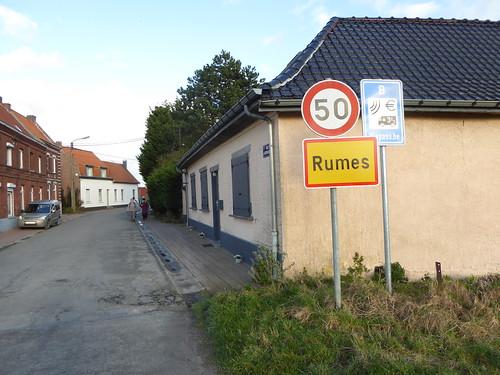 Rumes rue sartaigne (frontiére au retour)