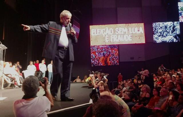 """Brasil: Lula da Silva pide que no se condenen inocentes """"por decisiones políticas"""""""