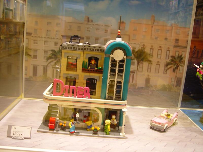 Επίσκεψη στο official Lego Store Copenhagen! 28008520479_e2a0b0b51f_c