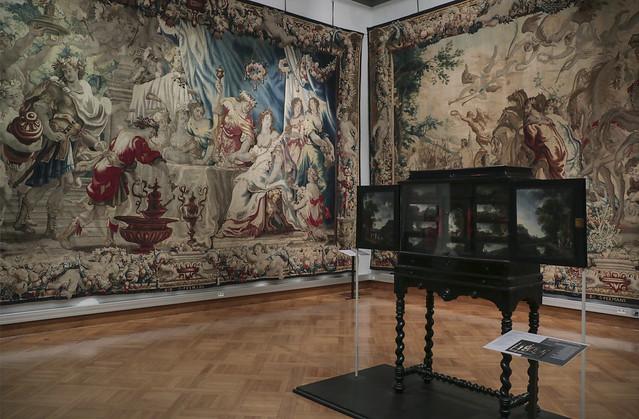 Cinquantenaire Museum collection