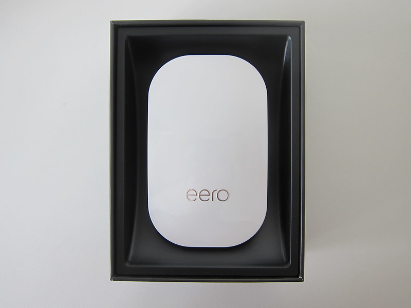 eero Beacon - Box Open