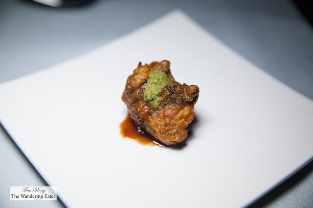 Potato, onion, bell pepper fritter topped with mint sauce