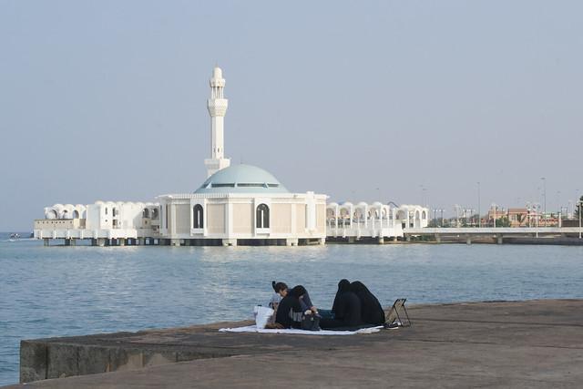 saudi expatriates jeddah jobs - life in saudi