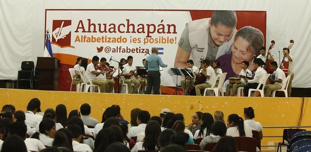 Inauguración de Círculos de Alfabetización en Ahuachapán.