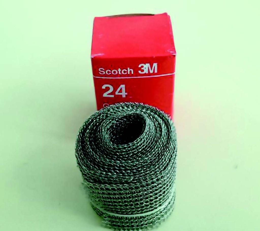 Рис. 5. Лужёная медная сетчатая лента Scotch 24