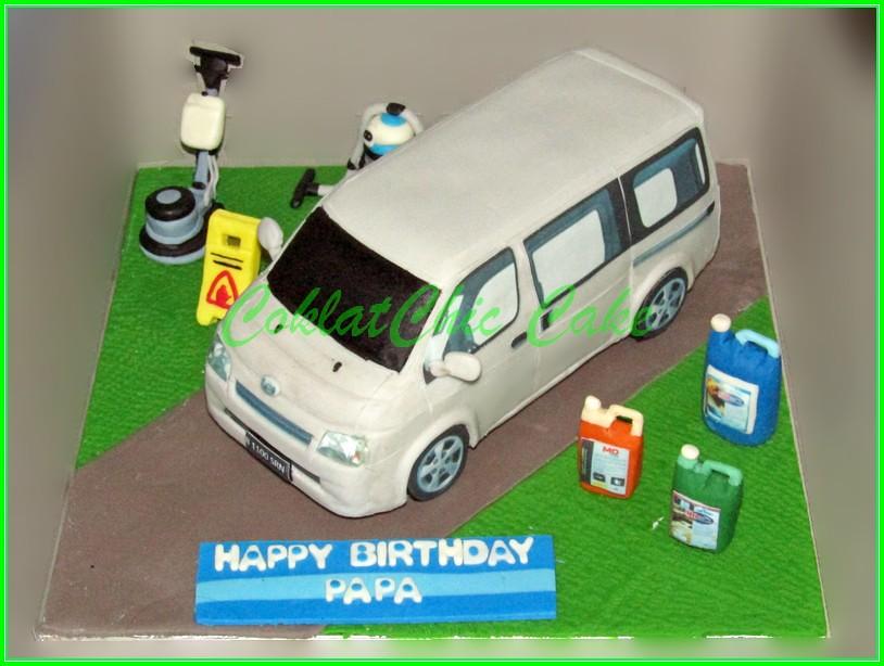 Cake Daihatsu GrandMax PAPA 18 cm