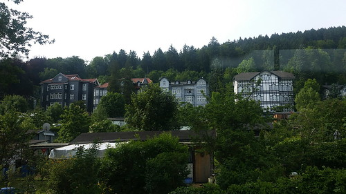 20170605 07 016 Regia Hügel Wald Häuser
