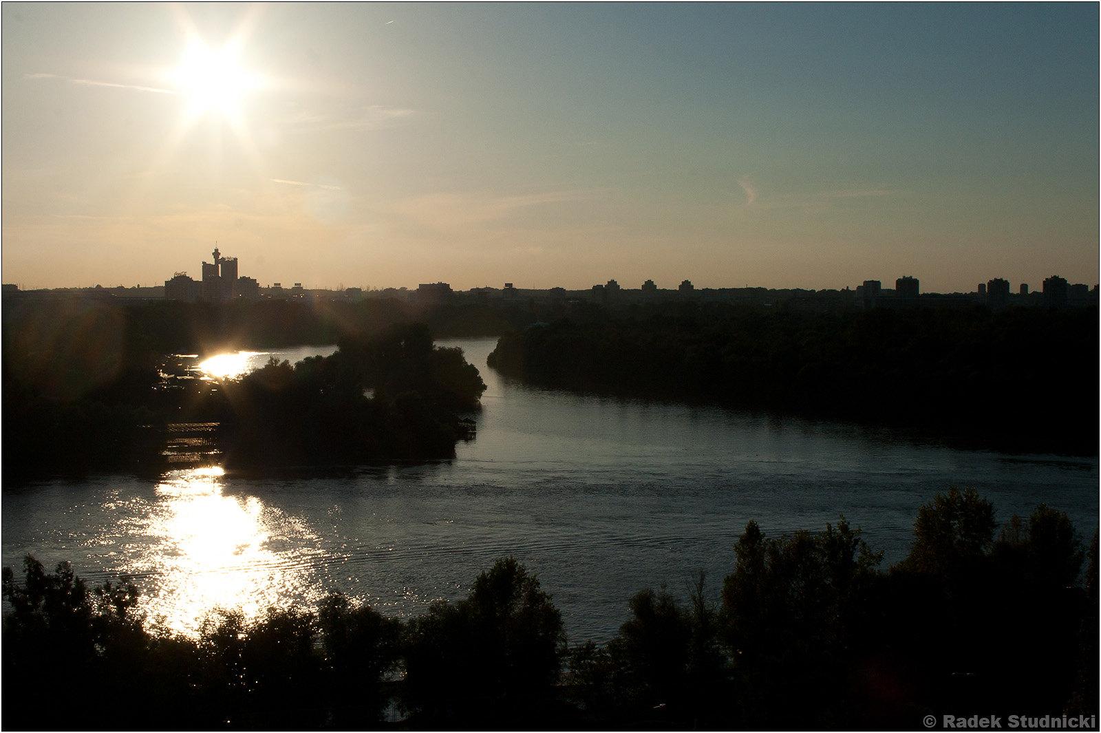 Zachód słońca nad Dunajem