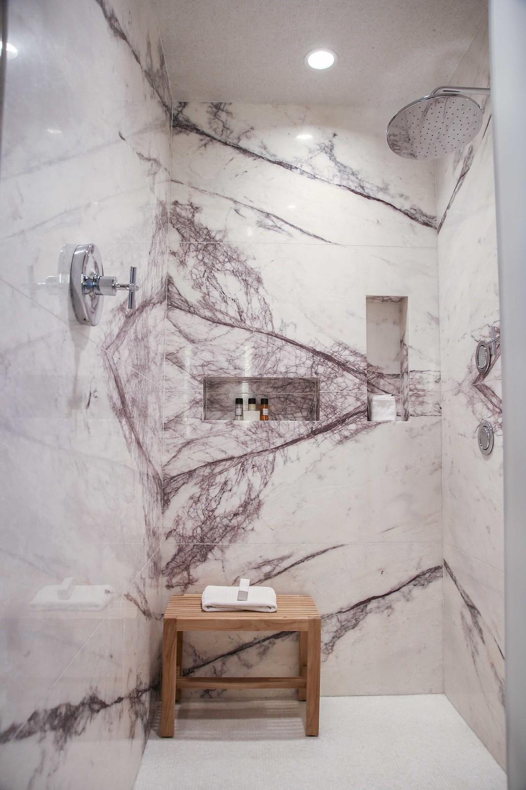 red rock resort suite master bathroom