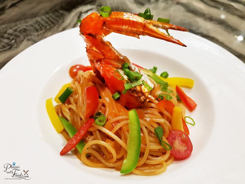 tokyo secret mid valley crab pasta